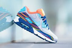 buy online 71c37 f0b81 You ve Never Seen These Graphic Prints On The Nike Air Max 90 -  SneakerNews.com