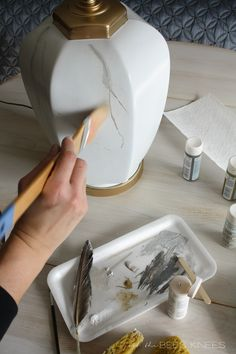 just the bee's knees: DIY Faux Marble Lamp