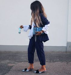 """Mi piace"": 2,848, commenti: 42 - STYLE BY NELLI (@stylebynelli) su Instagram: ""Striped Suit 💙 & Matchy Mules #stylebynelli #ad #ootd #suit #mules #streetstyle #wiw…"" Heels Outfits, World Of Fashion, Winter Outfits, Harem Pants, Zara, Dressing, Feminine, Street Style, Sexy"