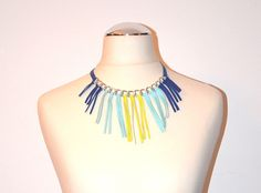 Colored leather necklace with silver chain and fringes