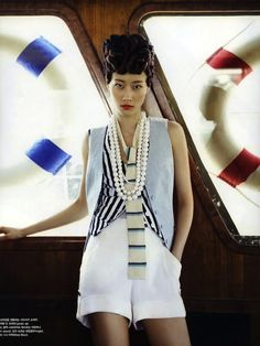 ee Hyun Yi Vogue Korea - Oh, my word! This is exactly how going to sea should always look like. This editorial in Vogue Korea May 2010 features model Lee Hyun Yi, and fuses. Asian Fashion, Fashion Photo, Fashion Beauty, Fashion Blogs, Fashion Art, The Lady Eve, Nautical Looks, Nautical Style, Lee Hyun