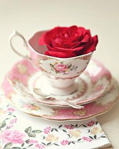 My mom had this pattern in the teapot and teacups and she bought me several of these teacups in the pink shown here and the blue, which looks equally stunning. Biddy Craft