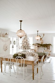French Country Cottage, Cottage Style, Farmhouse Style, Farmhouse Decor, Cozy Cottage, White Farmhouse, Cottage Ideas, Cottage Living, Modern Farmhouse
