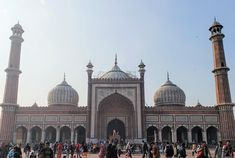 High quality images of cities. Jama Masjid Delhi, Monument In India, History Projects, High Quality Images, Taj Mahal, Cities, Building, Pictures, Travel