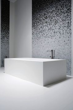 Looking for mosaic tile ideas for the bathroom? We have a full image gallery from top interior designers. Find that unique mosaic tile today! Mosaic Bathroom, Bathroom Spa, Bathroom Interior, Mosaic Tiles, Wall Tiles, Modern Bathroom, Small Bathroom, Design Bathroom, Washroom