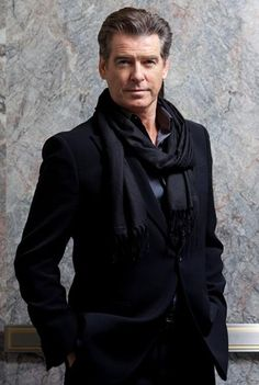 All details about what is Pierce Brosnan Favorite Music Food Drink Hobbies Biography and other favorite things like bond movies, perfume, books and animal can be found here. Pierce Brosnan, Hommes Sexy, Sharp Dressed Man, How To Wear Scarves, British Actors, Celebs, Celebrities, Gorgeous Men, Movie Stars