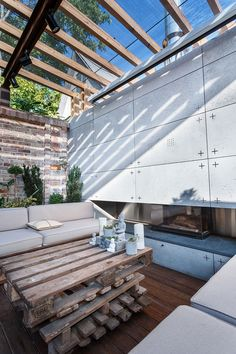 Beautiful Compact Patio: Lounge Zone by SVOYA studio, Ukraine Outdoor Lounge, Outdoor Rooms, Outdoor Living, Outdoor Decor, Transformers, Contemporary Garden, Glass Roof, Lounge Areas, Backyard Patio