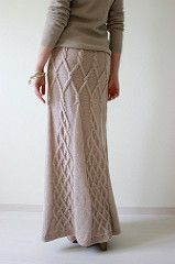 """Ravelry: photo of Elena Kuzmina's knitted skirt """"Tour Eiffel""""; she used the pattern Kathy Kelly Cabled Capelet by Renate Haeckler Crochet Skirts, Knit Skirt, Crochet Clothes, Knit Crochet, Knitting Designs, Knitting Patterns, Modest Workout Clothes, Crotchet Patterns, Edwardian Dress"""