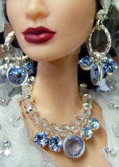 In business since NiniMomo specializes in one-of-a-kind (OOAK), customized Barbie dolls. Barbie Doll Accessories, Barbie Shoes, Barbie Clothes, Barbie Dolls Diy, Barbie Hair, Barbie Barbie, Hair Jewelry, Fashion Jewelry, Liv Dolls
