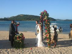 Beautiful #beach #wedding at #NavatuStarsFiji