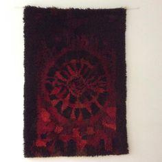 Ryijy karpalo Scandinavian Rugs, Rya Rug, Helsinki, Carpets, Design, Decor, Farmhouse Rugs, Rugs, Decoration