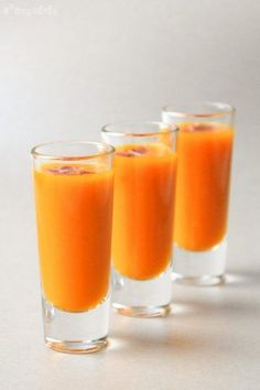Chupitos de calabaza con jamón serrano Healthy Dessert Recipes, Appetizer Recipes, Summer Recipes, Holiday Recipes, Shot Glass Appetizers, Catering, Food Decoration, Appetisers, Cute Food