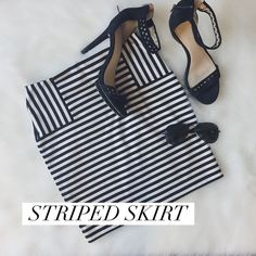 Striped Skirt Great fit! Black and white striped skirt. Forever 21 Skirts Mini