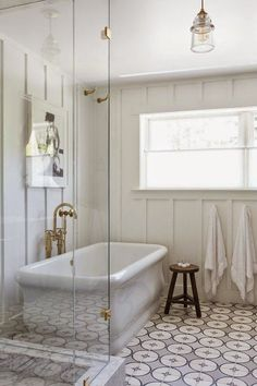 Bless'er House | Friday Faves {Clean and Simple White}