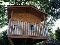 Stunning  Free DIY Tree House Plans to Make Your Childhood or Adulthood Dream a Reality