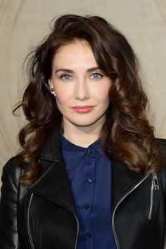 Dutch actress Carice Van Houten makes her debut in the music industrie. Click on the image to read more.