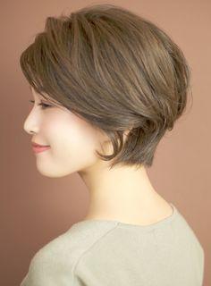グレージュショートボブ☆|髪型・ヘアスタイル・ヘアカタログ|ビューティーナビ