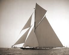Beken of Cowes - Galleries - Buying Options Classic Sailing, Classic Yachts, Wooden Boat Plans, Wooden Boats, Yacht Boat, Pontoon Boat, Marine Photography, Sail Away, Jet Ski