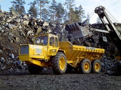 1968 Volvo Model-BM DR860 quarry semi tractor construction