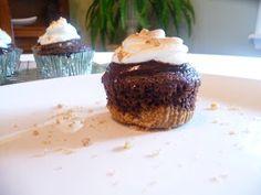 Life Tastes Good: S'Mores Cupcakes