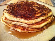Low-Carb Cinnamon Vanilla Pancakes
