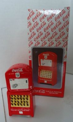 Old Fashioned Coke Machine with glass bottles Salt & Pepper Shakers
