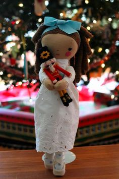 How-To: Clara And Nutcracker Dolls from Hillary Lang of Wee Wonderfuls