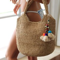 Best straw bag for the beach or for everyday wear. Including cotton cowrie shell… Best straw bag for the beach or for everyday wear. Net Bag, Fringe Bags, Macrame Bag, Straw Tote, Jute Bags, Sisal, Boho, Shoulder Bag, Knitting
