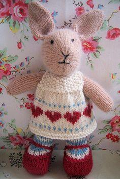 """Annie"" bunny (by Bustle & Sew)"