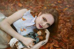 Photo: Beata Polańska Photography Title: thoughts covered with leaves Model: Paula Miazga Mua: Dorota Ossowska Make-up Artist Dress: Beti Polańska
