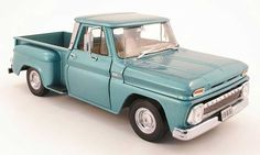 Almost as good as the real thing...Chevrolet C-10 pick up stepside turkis 1965 Sun Star. Chevrolet C-10 pick up stepside turkis 1965 miniature 1/18