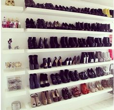 Dressing - Shoes