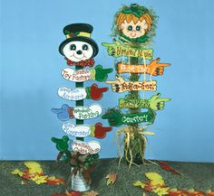 Holiday Sign Post Woodcrafting Pattern The Christmas sign and Halloween sign each have 5 arrows pointing in different directions to different holiday activities and places. #diy #woodcraftpatterns