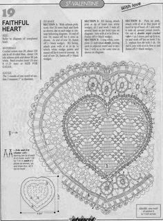 Carpeta delicada con forma de corazón tejida al crochet   Crochet y Dos agujas