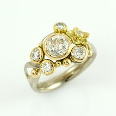 Sumptuous diamond ring by Karin Castens, One of a kind , Galleri Castens