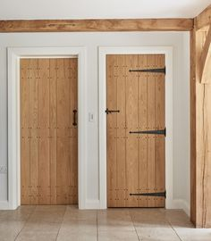 oak ledge and boarded doors with painted architrave and skirting Painted Doors, Wood Doors, Oak Skirting Boards, Internal Doors Modern, Solid Oak Doors, Interior Design Layout, Hallway Inspiration, Cottage Door, Architrave