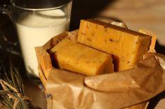 Domácí mýdlo medovo-mléčné s levandulí Dairy, Cheese, Homemade, Food, Home Made, Essen, Meals, Yemek, Hand Made