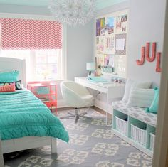 """15 Terrific Rooms for Tweens Designing a room for your """"tween?"""" Create a space that will see your kiddo through their teenage years and beyond without sacrificing an ounce of the fun your tween still craves. - 15 Terrific Rooms for Tweens Country Bedroom Design, Girl Bedroom Designs, Bedroom Ideas, Teen Girl Bedrooms, Teen Bedroom, Neutral Bedroom Decor, Small Room Design, Minimalist Room, Awesome Bedrooms"""