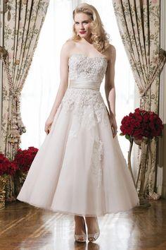 Justin Alexander Wedding Dress 8750