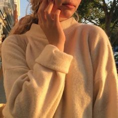 #girl #sweater #fall #clothes #outfit #clothes #aesthetic #indie #alternative #cute #oversized #pale #soft grunge