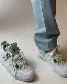 Dr Shoes, Swag Shoes, Hype Shoes, Me Too Shoes, Shoes Heels, Pumps, Mode Ootd, Mein Style, Aesthetic Shoes