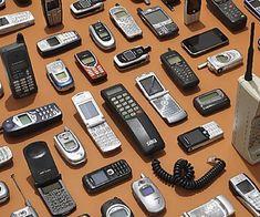 Telefoni preistorici: se avete uno di questi 9 modelli siete ricchi Smartphone, Nail, Medicine, Tecnologia, Gold