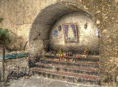 Outdoor Altar at Izamal Mission (by BillHinAnchorage)