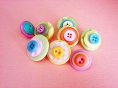 button tacks...so cute!