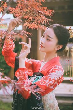 Photography People Culture Beauty 36 New Ideas Traditional Fashion, Traditional Dresses, Oriental Fashion, Asian Fashion, Geisha Samurai, Ancient Beauty, China Girl, Chinese Clothing, Ancient China