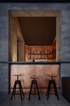 Copper bar by Zavoral architect, Litomysl — urdesignmag Czech-Republic-based firm Zavoral Architekt has unveiled the raw and sleek interior of the new Copper bar in the town centre of Litomysl. Rooms Decoration, Decoration Design, Showroom Design, Design Furniture, Bar Furniture, Luxury Furniture, Bar Interior, Interior Decorating, Interior Design