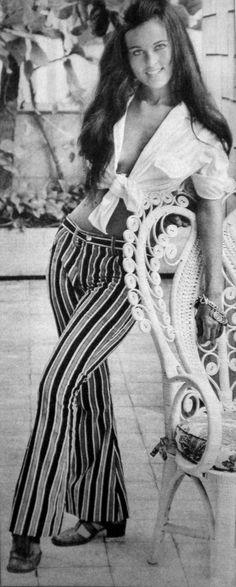 Djenane em O Cafona-FANTASTIC PHOTO - WOW- I LIKE - I WANT - atriz brasileira DJENANE MACHADO - 1971 - Lucinha Esparadrapo - novela O CAFONA - de Braulio Pedroso -Rede Globo de Televisão