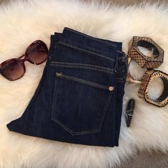 """‼️🚨‼️Old Navy Boot Cut Jeans Old Navy """"The Flirt"""" boot cut jeans. Inseam 31"""". Please feel free to ask any other questions. 🚫no trade Old Navy Jeans Boot Cut"""