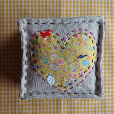 My Liberty and Linen Pinched Heart tutorial on the blog.... www.mollyflanders.blogspot.com @Liberty London  #libertyandlinenlove