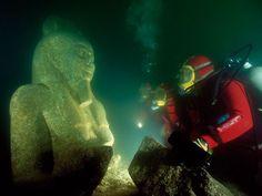 Cleopatra+underwater+palace | Lost City found under water- Alexandria, Egypt